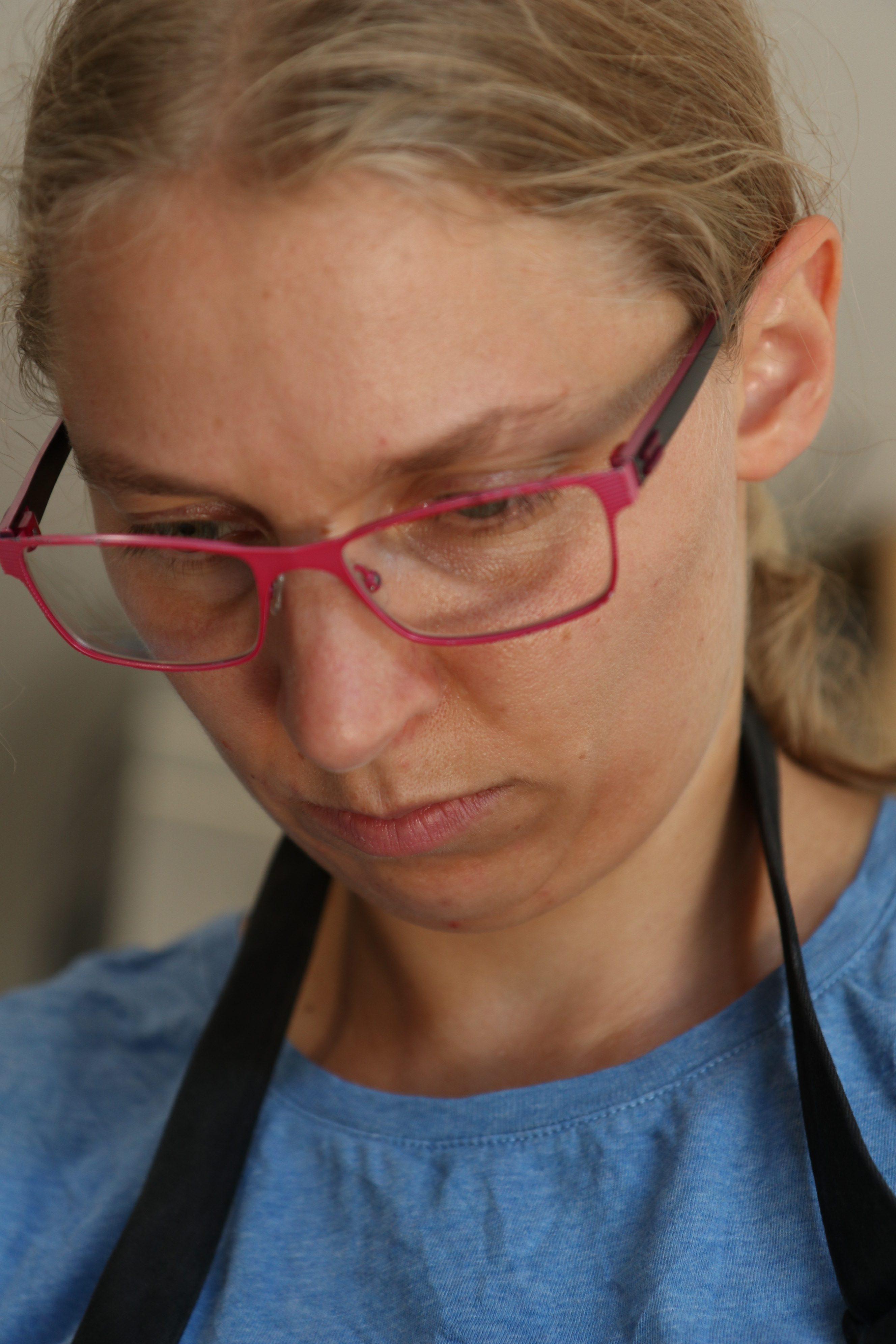 Barbara Schmidl konzentriert
