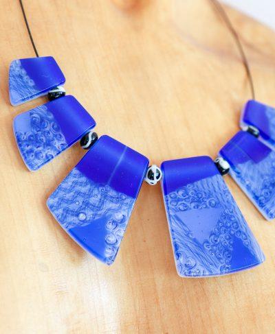 Halskette aus Glas